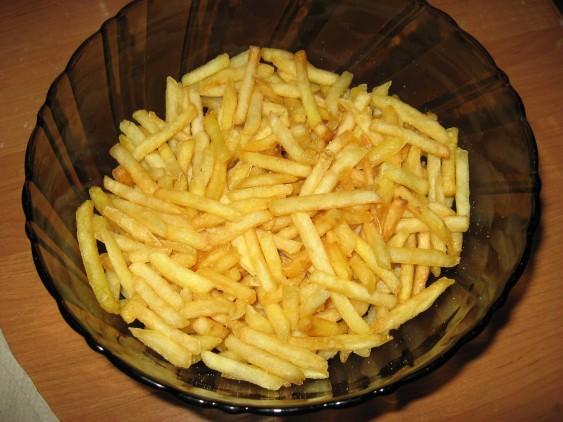 Картошка фри во фритюрнице