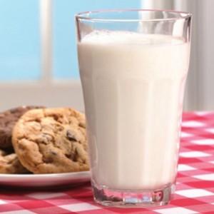 Чем отличается коровье молоко от козьего