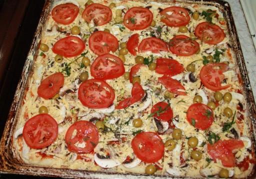 Рецепт пиццы с курицей с фото приготовленной дома в духовке