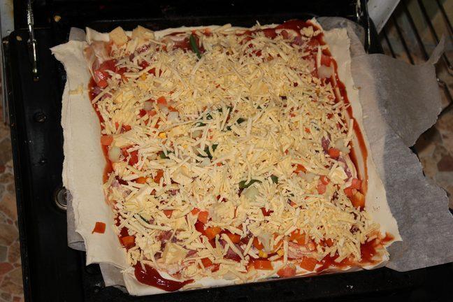 Способ приготовления пиццы в домашних условиях с
