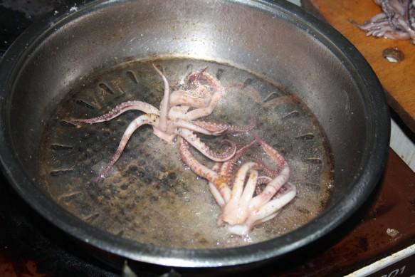 Жареные целые кальмары рецепт с фото